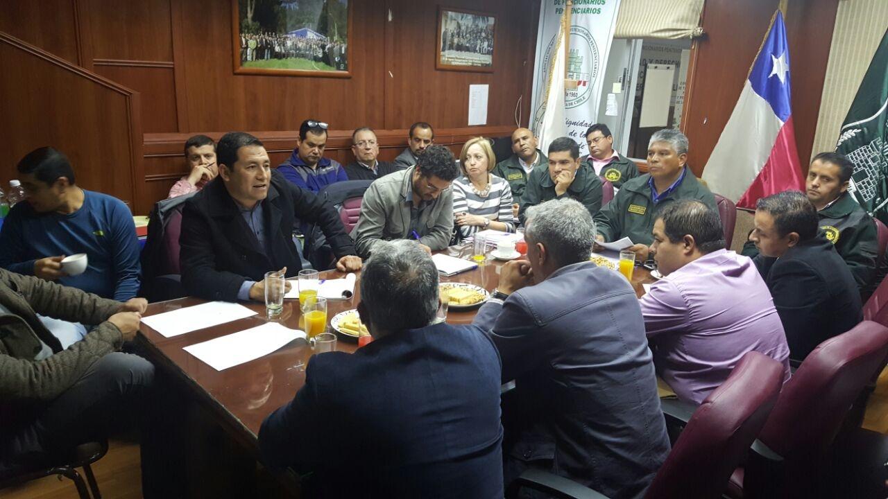 reunion-de-gremios-gendarmeria-de-chile-4